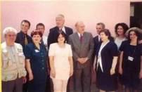 Bodo Hombach, im Kinderhaus in Tirana, der Doris Schröder -KÖpp mit der Mafia Diplomation der Botschaft: Sabine Bloch in Tirana ca. in 2001